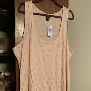 Torrid Tank Top with Gold Pineapple Print 3X NWT
